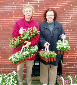 Leffets Manor Association Flower Distribution