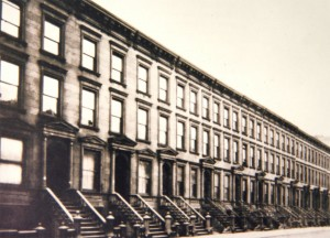 Manhattan Brownstones Built In 1900