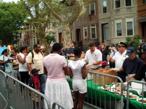 Deputy Inspector Peter Simonetti, 71st Precinct Commamder at 2010 National Night Out